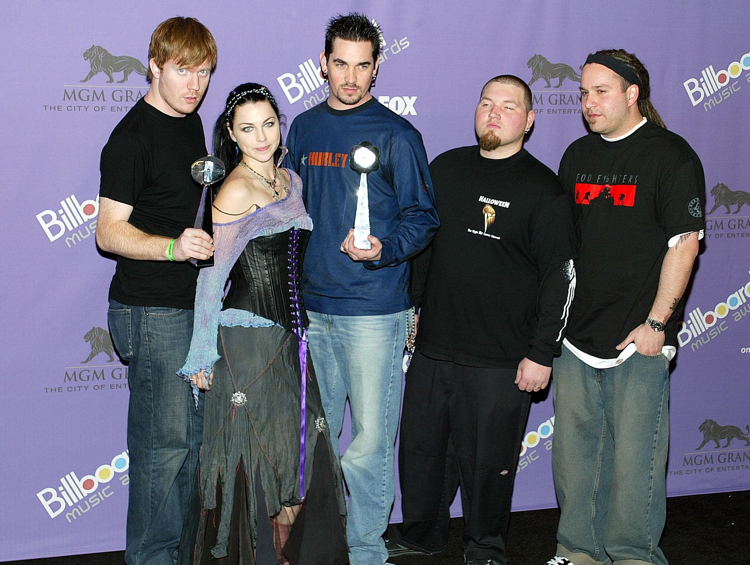Image gallery evanescence 2003 for House music 2003